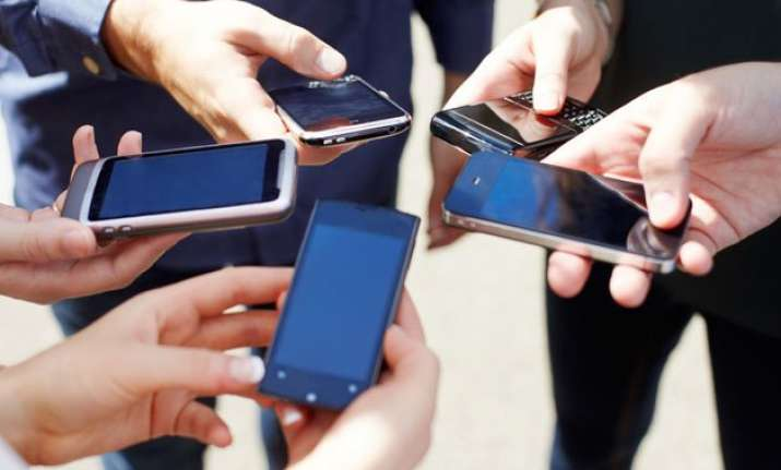 80 people own smartphone worldwide report