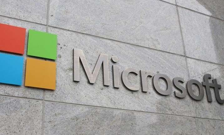 microsoft joins hands with niit to train women it