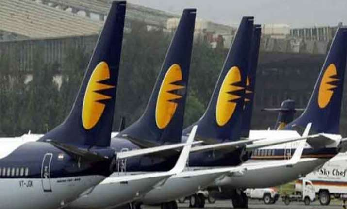 naresh goyal pledges his entire 51 stake in jet airways to