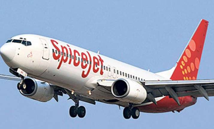 spicejet sale offers over 3 lakh seats starting from rs 749