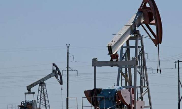 world bank slashes oil price forecast to 37 a barrel
