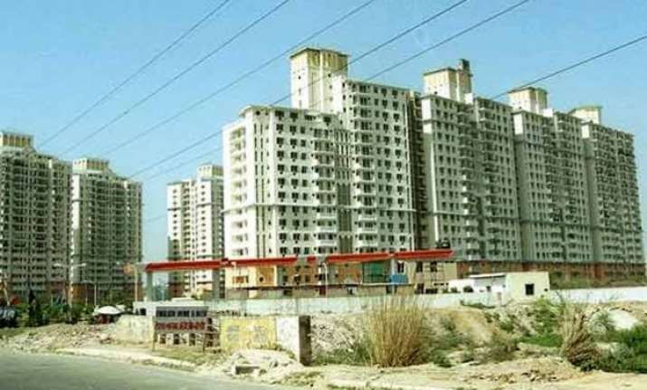 dlf to sell properties worth rs 15 000 cr in various
