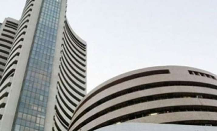 sensex gains 86 points in early session