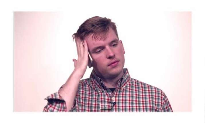iphone 6 users witnessing another problem hairgate