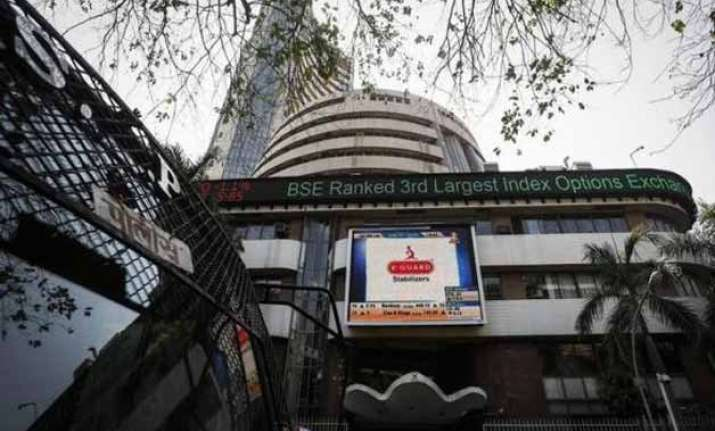 sensex nifty slip to 1 1/2 month lows
