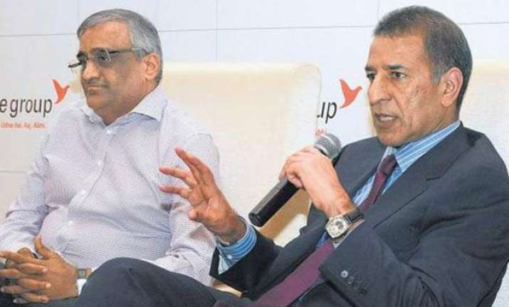 future group s retail business to merge with bharti retail