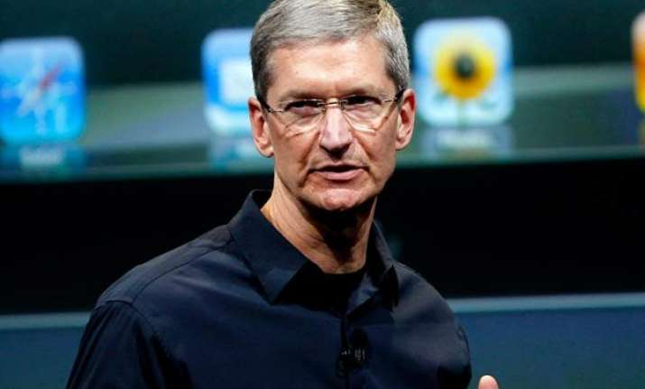 apple ceo tim cook bets big on india s economic reforms