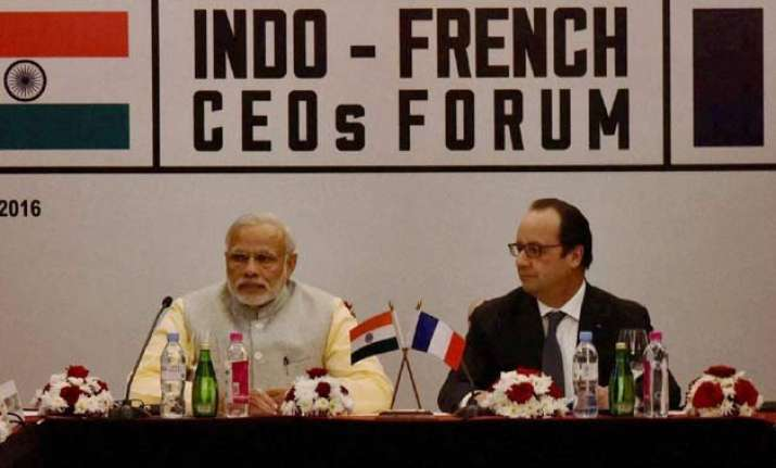indo france join hands for smart city make in india sign 16