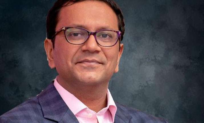 snapdeal appoints former p g executive amit choudhary as