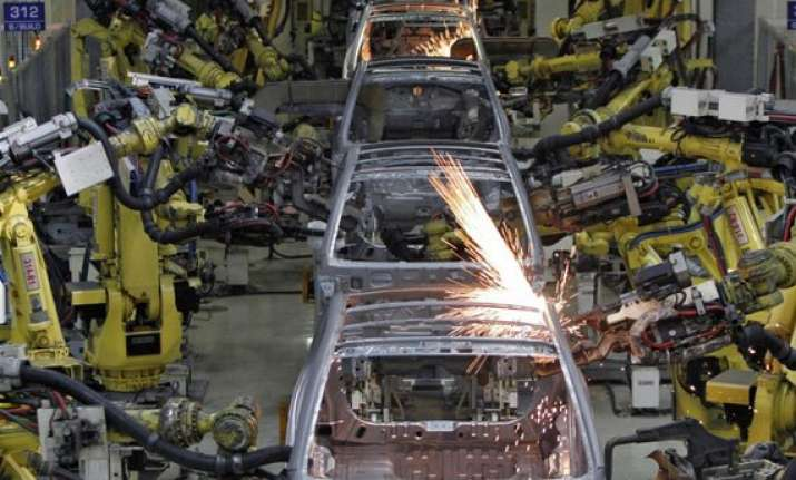 india manufacturing services growth lags china in sep hsbc