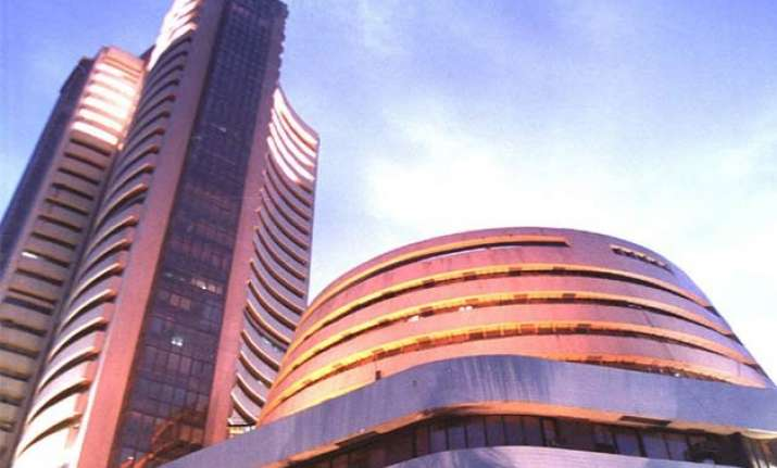 sensex tanks 265 points in early trade