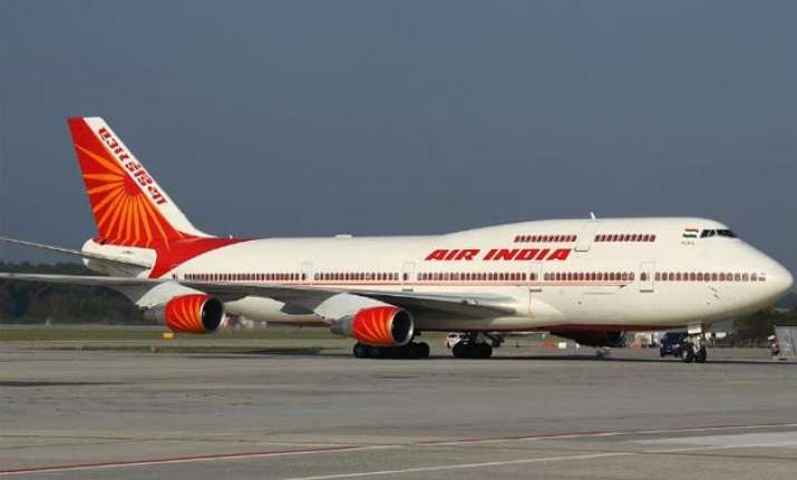 air india to hire over 500 specialized pilots as shortage
