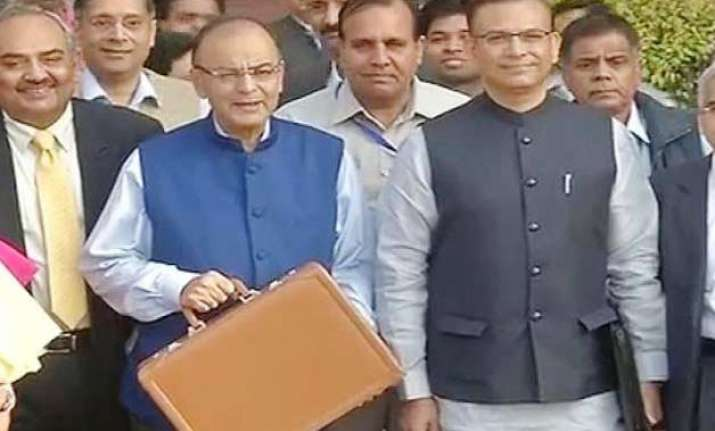 budget 2015 jaitley says indian economy fastest growing in