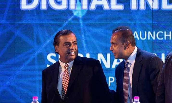 reliance adag to invest rs 10k cr in tech space anil ambani