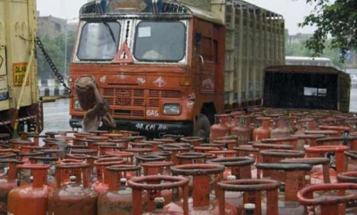 direct lpg subsidy transfer to consumers across nation from