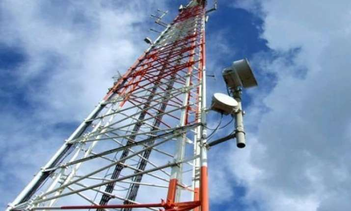spectrum auction day 11 sees bids of rs.103 046 crore