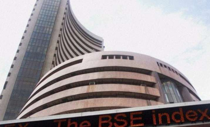 sensex sheds 24 points in early trade