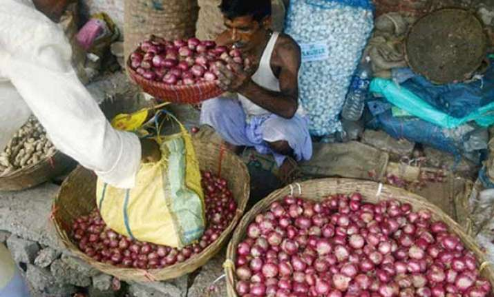 cabinet secretary holds meeting to review prices of onions