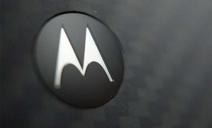 lenovo to phase out motorola brand of smartphones
