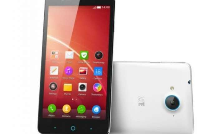 zte v5 with 5 inch hd display android 4.4.2 kitkat launched