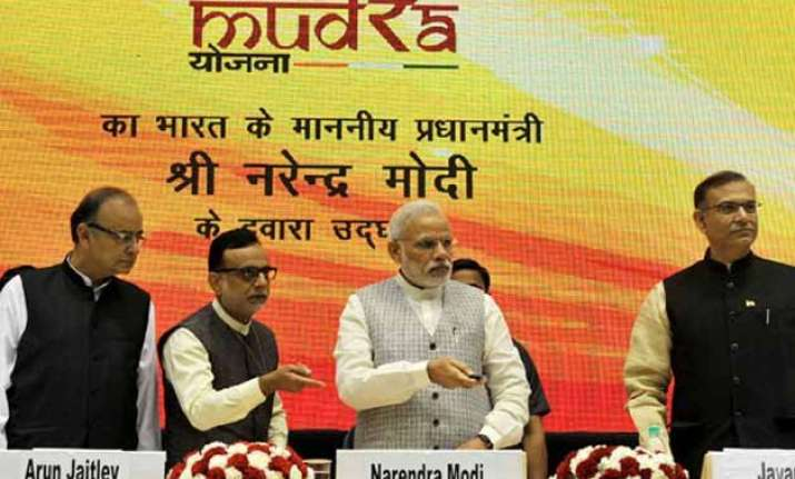 narendra modi launches rs 20 000 crore mudra bank
