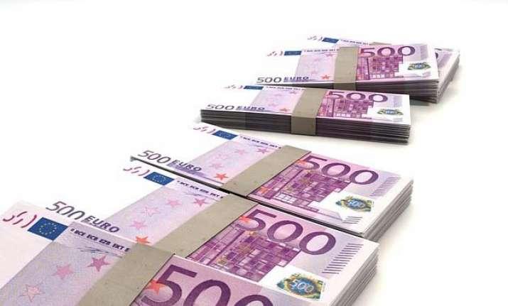 euro falls below 1999 launch rate
