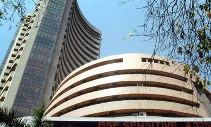 sensex down 28 points in early trade on profit booking