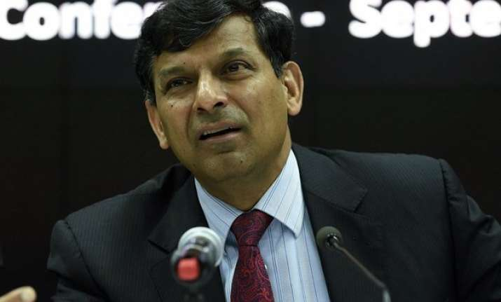 don t overspend to spur growth warns raghuram rajan ahead