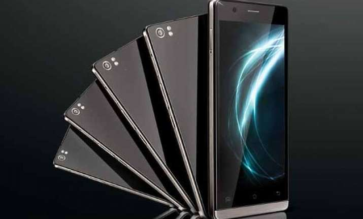lava icon with 13 megapixel camera launched at rs 11 990