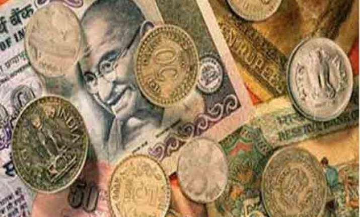 budget raises tax deduction limit to rs4.44 lakh for i t