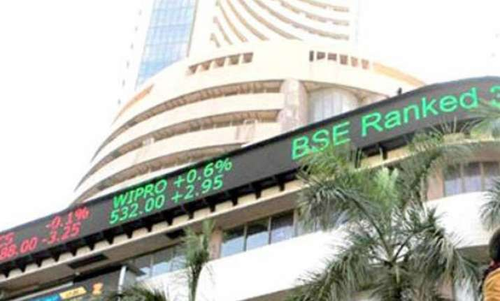 sensex soars 120 pts on ril earnings stock jumps 5.13