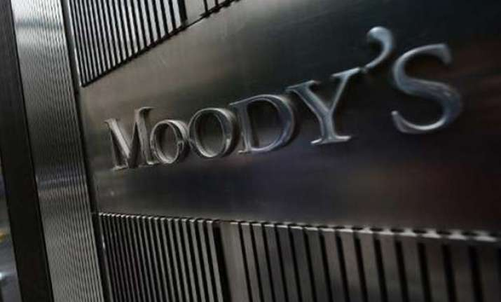 moody s lauds india for new mechanism to tame inflation