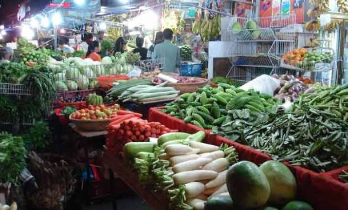 india s wholesale inflation decelerates for 5th month