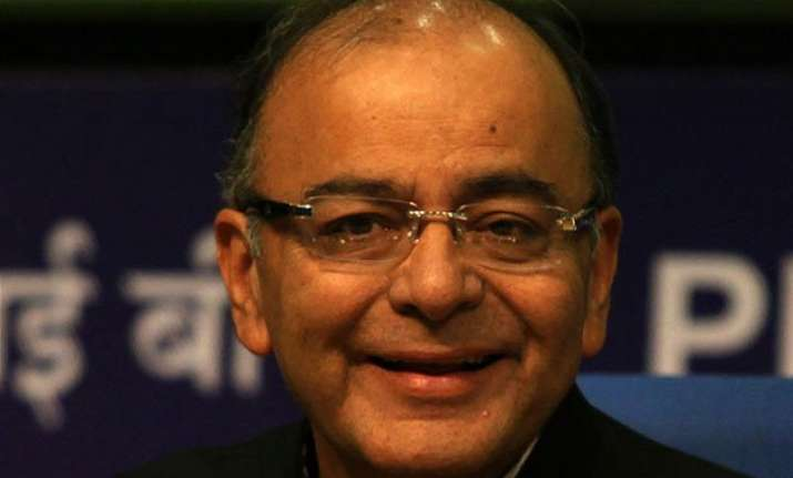 finance minister jaitley expects rate cut by rbi