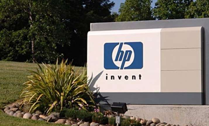 hewlett packard to split in two companies report