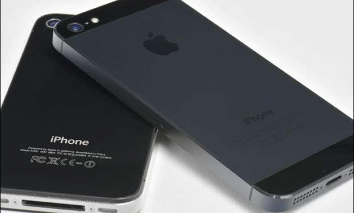 apple seeks govt nod to sell refurbished iphones eyes