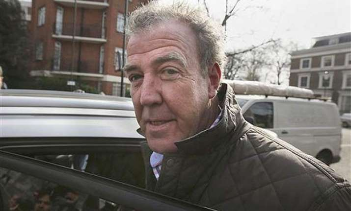 bbc suspends top gear host jeremy clarkson over fracas with