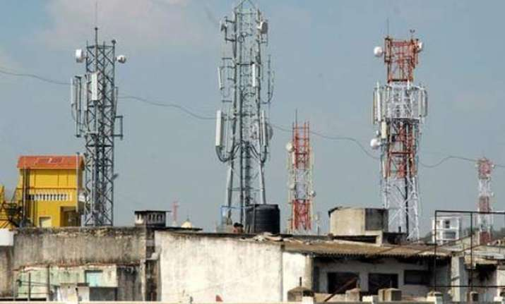 call drops trai to impose up to rs 2 lakh penalty for poor