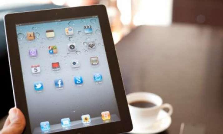 more young adults accessing news via social media report