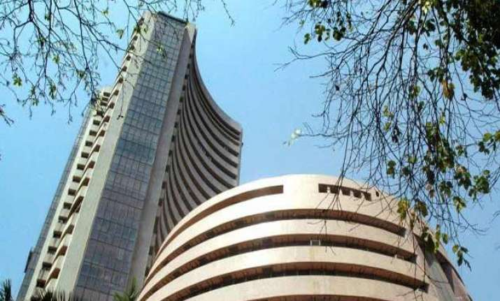 sensex nosedives 500 points nifty cracks 8 400 mark