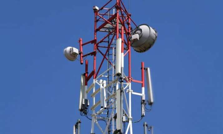 cabinet approves rs.3 705 crore per mhz reserve price for 3g