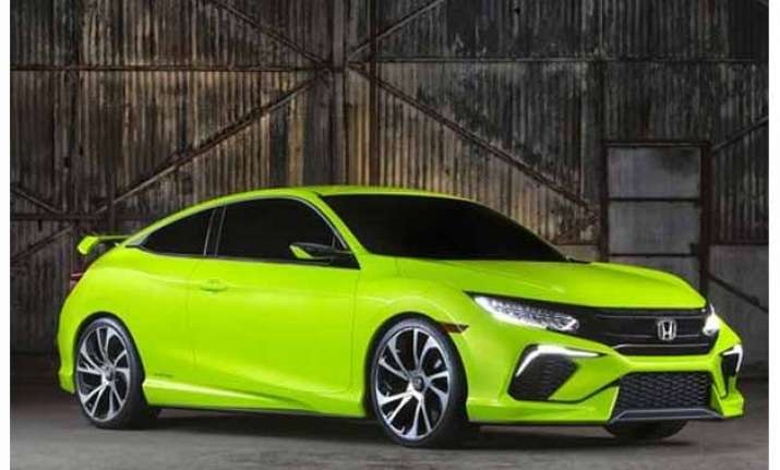 honda unveils new sportier civic at new york auto show