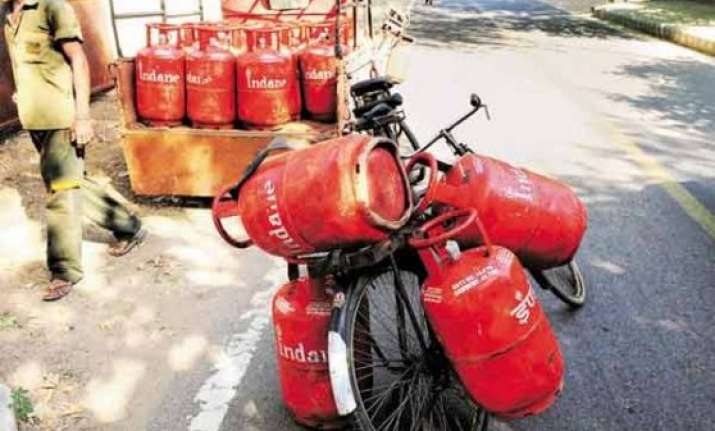 lpg consumers to get cash subsidy in bank a/cs from today