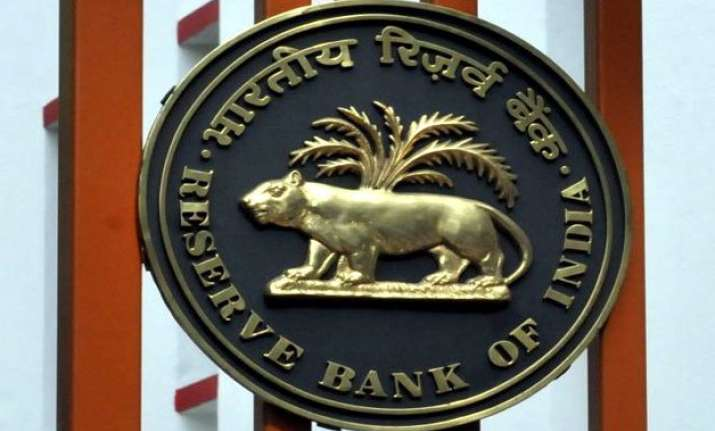 rbi signs 400 mn currency swap pact with sri lanka