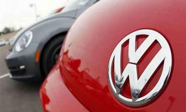 volkswagen audi porsche issue recalls for fuel leaks