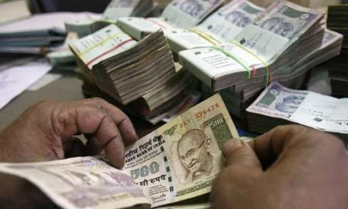 govt doubles monthly bonus calculation ceiling to rs 7 000