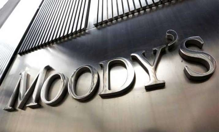 india s fiscal position to stay weaker than peers moody s