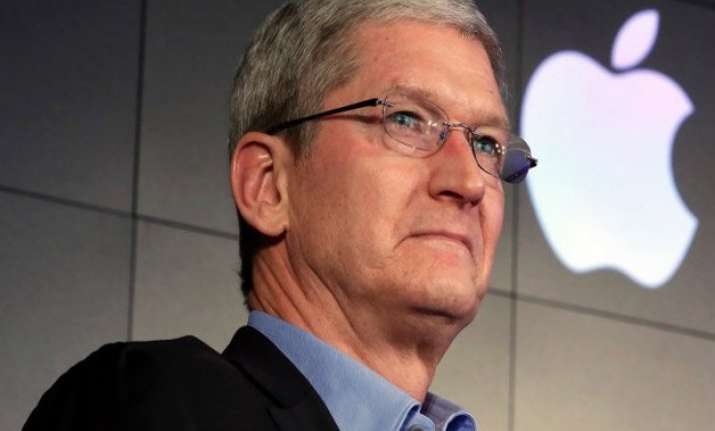 apple ceo tim cook slams us government for seeking backdoor