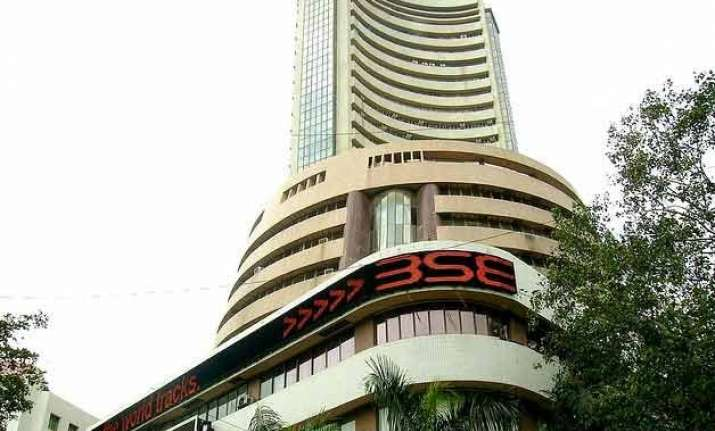 sensex sheds 42 points in early trade