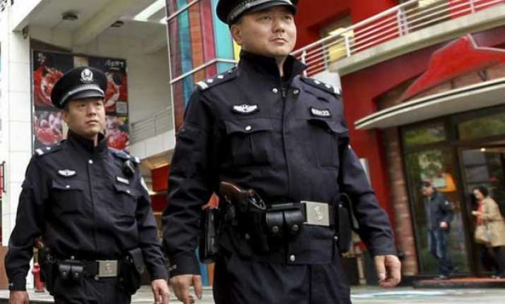chinese police find clues of 3.2 trillion stock market crash